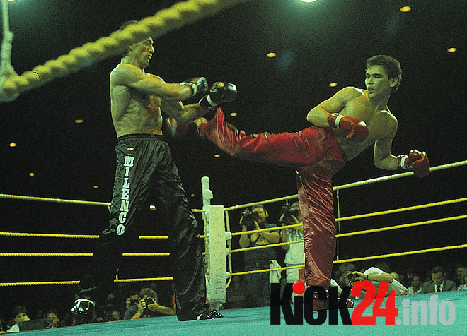 Don Wilson kicks Branco Cikatic
