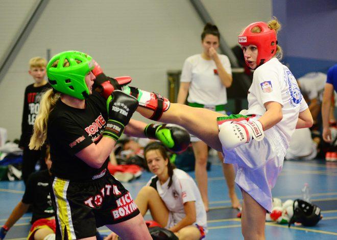 kick light competition